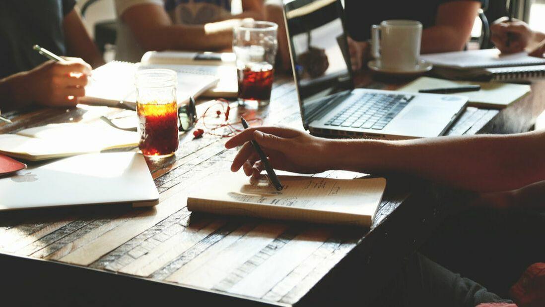 What are your responsibilities? Jak profesjonalnie opisać swoje obowiązki w pracy?